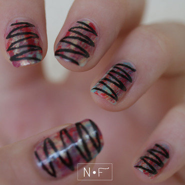 Distressed zig-zag nail art by NerdyFleurty