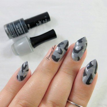 Geometric Camo Nails nail art by Glittering Hues