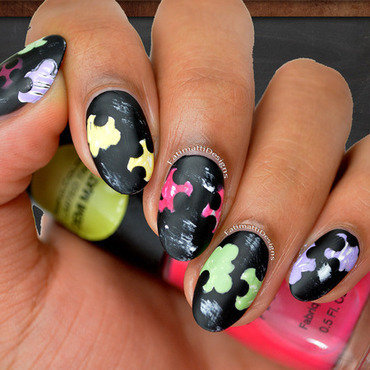Puzzles on Chalkboard nail art by Fatimah