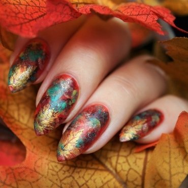 Autumn colors nail art by Jane