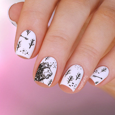 Narnia pattern inspired by Littleyarnbedding nail art by nagelfuchs