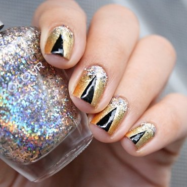 Gold Sparkle nail art by Romana