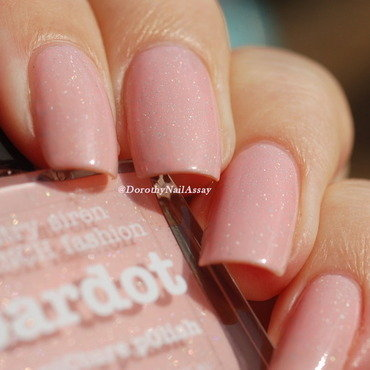 piCture pOlish Bardot Swatch by Dorothy NailAssay