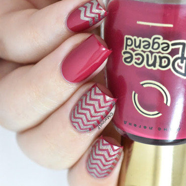 Chevrons nails dance legend 1041 20 5  thumb370f