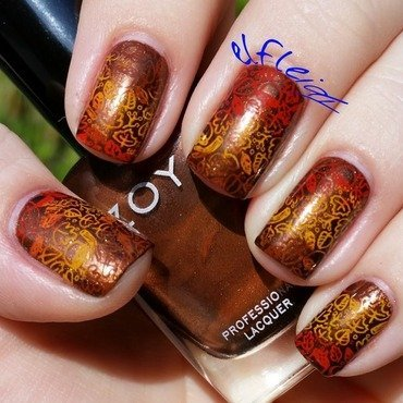 30DoCC 10-09-2015 LEAVES nail art by Jenette Maitland-Tomblin