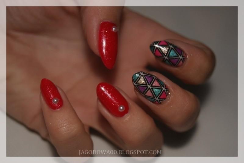 31DC2015 - Geometric nail art by Jadwiga