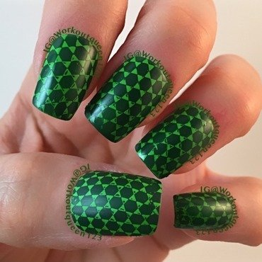 Green Mani nail art by Workoutqueen123