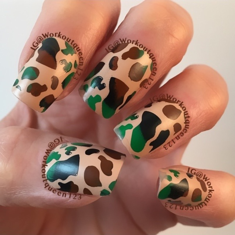 Camouflage mani nail art by Workoutqueen123
