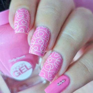 Pink Nails nail art by Natasha