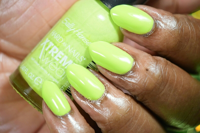 Sally Hansen Xtreme Wear Green with Envy Swatch by glamorousnails23
