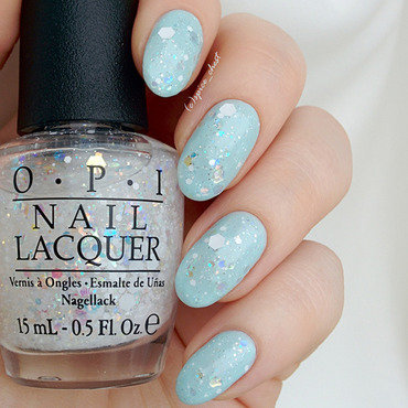 Sally Hansen Breezy blue and OPI Snow Globetrotter Swatch by Svetlana