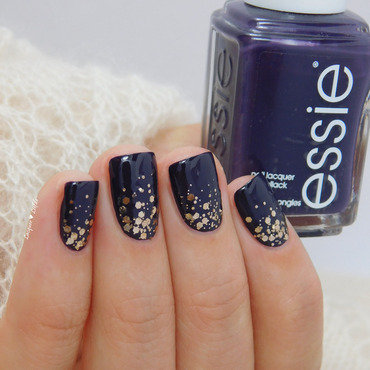 #Fall in Essie Love nail art by Anna