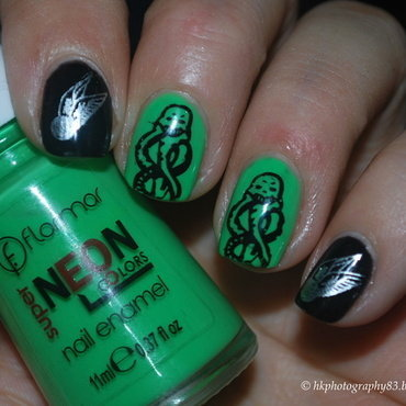 Harry Potter nails nail art by Hana K.
