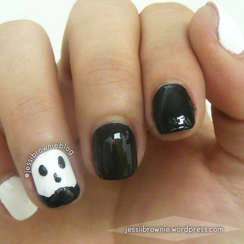 Ghost Nails nail art by Jessi Brownie (Jessi)
