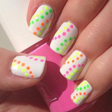 Neon dotticure nail art by Emelie J