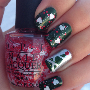 Christmas tree and hearts nail art by Emelie J