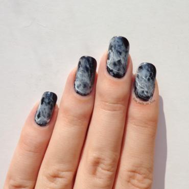 Smoke Nails nail art by No Nails No Fshn