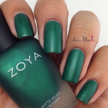 Zoya Honor Swatch by anas_manis