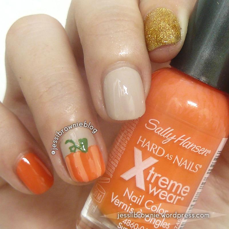 Pumpkin Nails nail art by Jessi Brownie (Jessi)