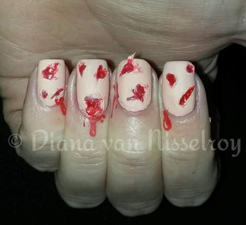 Bloody gore nail art by Diana van Nisselroy