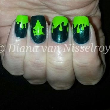 Witch and Slime nail art by Diana van Nisselroy