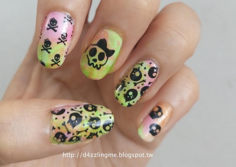 Skull Nails  nail art by D4zzling Me