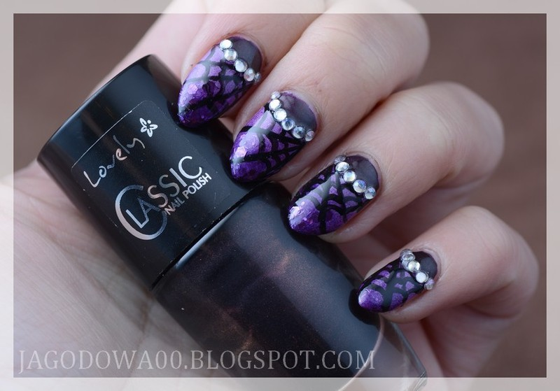 Spiders web glamour nail art by Jadwiga