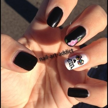 Nail Art : Day of the Dead nail art by SowNails