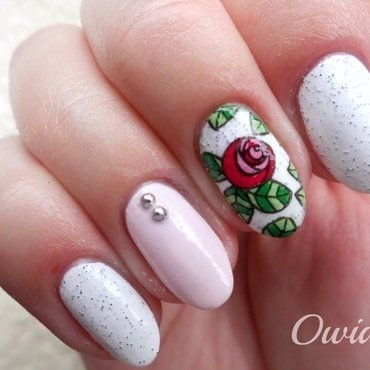 Romantic roses. nail art by Owidia