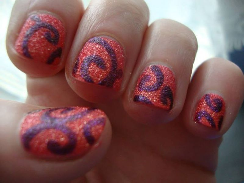 Sugar Spiral nail art by Stephanie