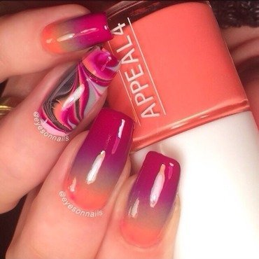 Gradient & watermarble nail art by Virginia