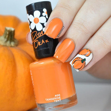 Halloween pumpkin nails 20 12  thumb370f
