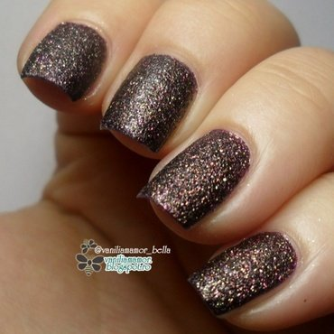 Barry M Countess and Golden Rose Holiday 58 Swatch by Isabella