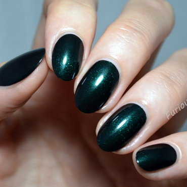 HJ manicure Alpine green Swatch by Furious Filer