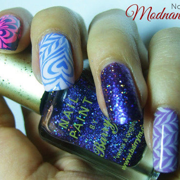 Water marble  nail art by Anna