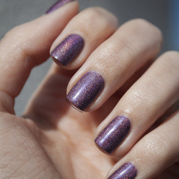 Hema Holographic Bordeaux n°56 Swatch by Jule