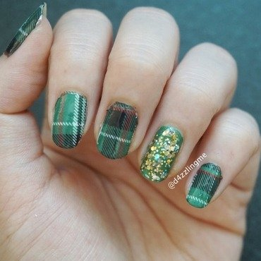 Tartan Nails  nail art by D4zzling Me