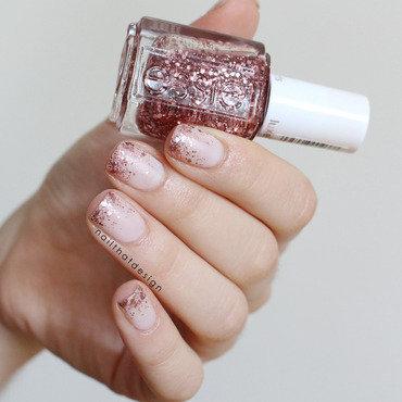 Glitter Gradient nail art by NailThatDesign
