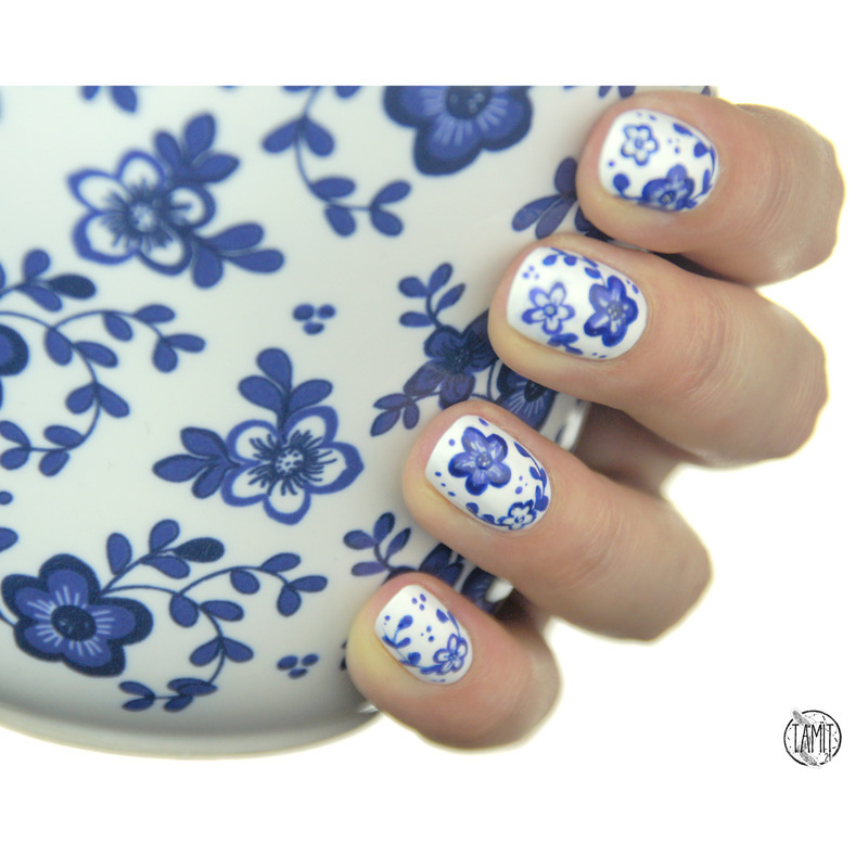 Floral porcelain nails nail art by Paulina
