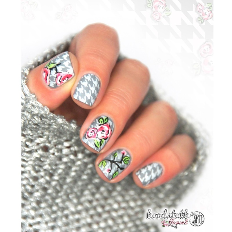 houdstooth nails nail art by Paulina
