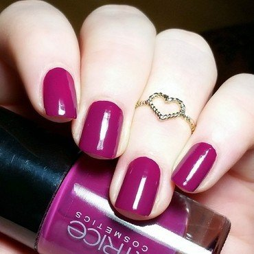 Catrice 95 For some it's plum Swatch by nailicious_1