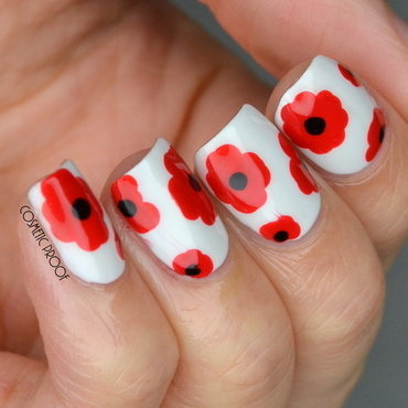 Remembrance 20day 20nail 20art 20poppy thumb370f