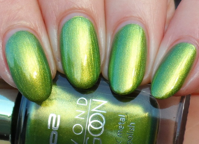 P2 seaweed green Swatch by Plenty of Colors
