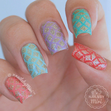 Colorsful with holo diamonds nail art by xNailsByMiri