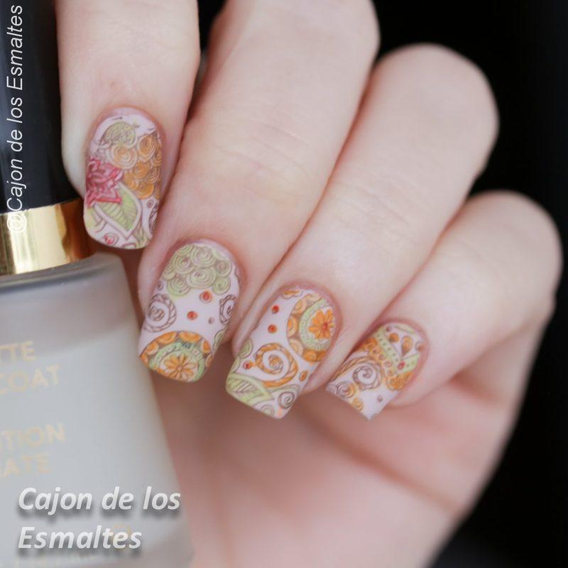 Bundle monster Shangrila plate - Floral Paisley nail art by Cajon de los esmaltes