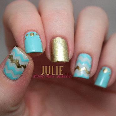 Mind & Gold Chevrons nail art by Julie