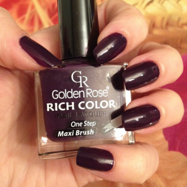golden rose rich color 27 Swatch by Rox