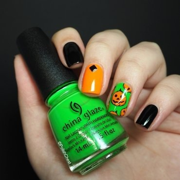 Halloween 2015 nail art by Danny