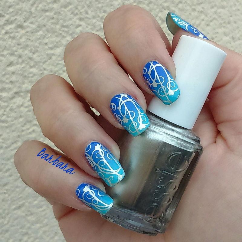 Blue&Silver nail art by Les ongles de B.