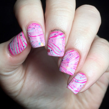 Funky (Fingers) Watermarble nail art by Michelle